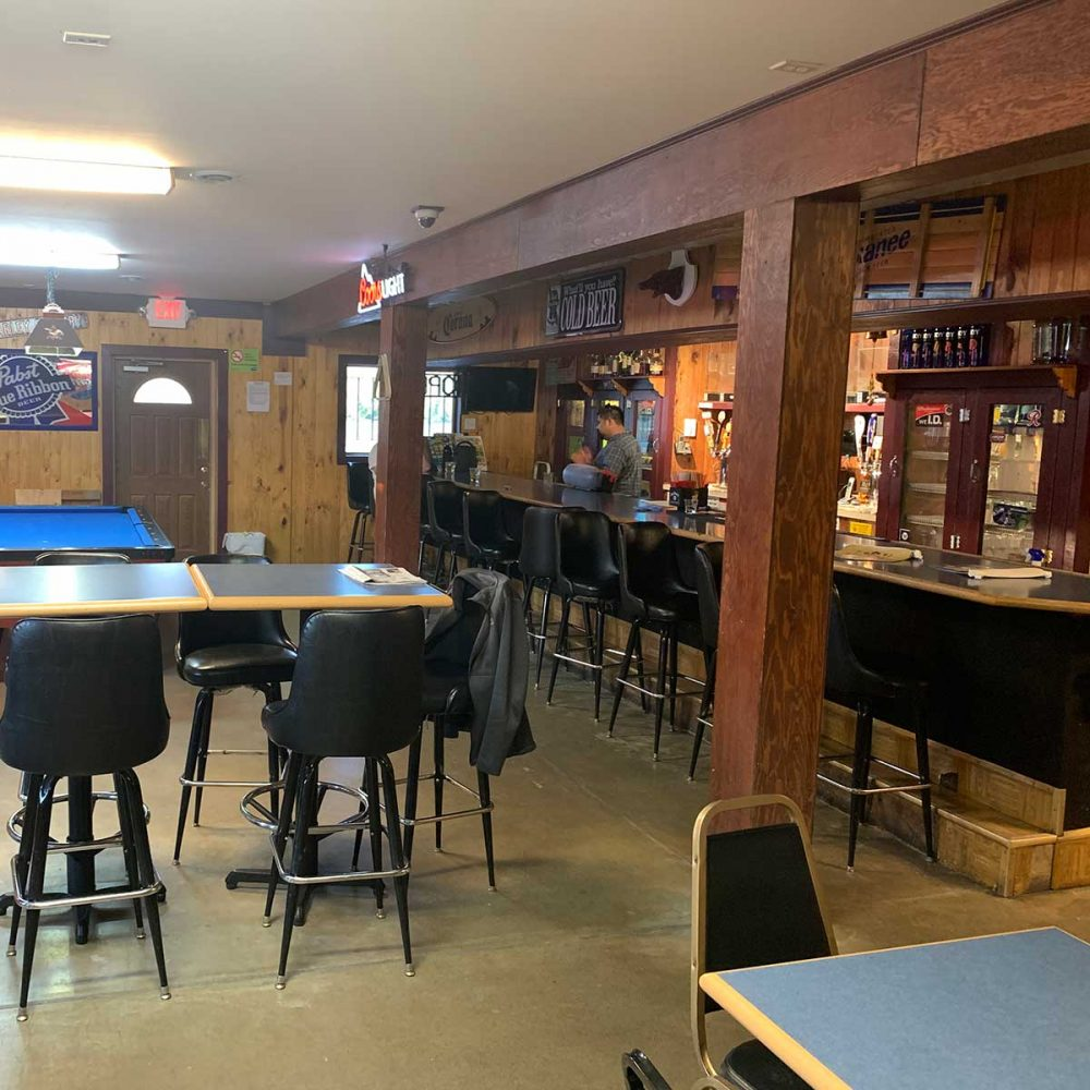 R Place Tavern